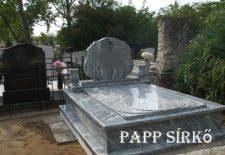 Szimpla és dupla síremlékek Nógrád