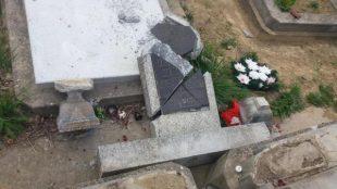 Sírokat gyaláztak meg a zilahi református temetőben